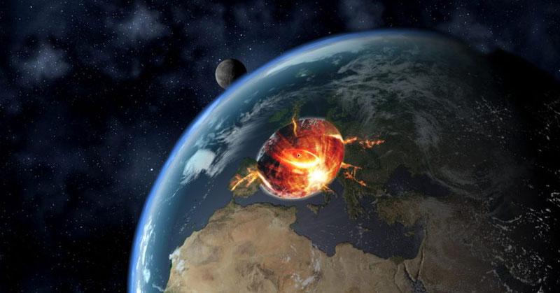 Коллайдер уничтожает землю