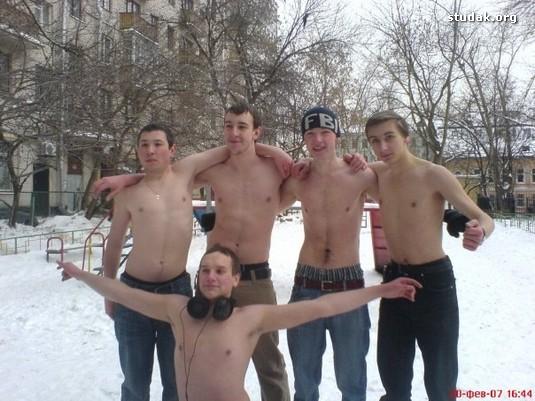 студенты зимой