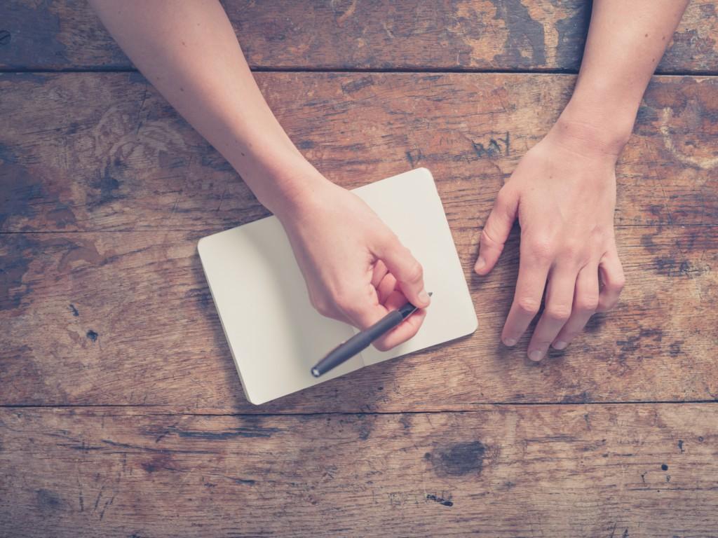 человек который умеет писать обеими руками