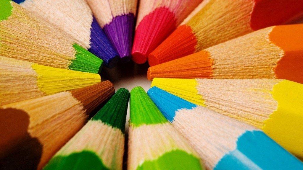 какой цвет заставляет учиться